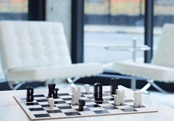 dziwne zestawy szachowe