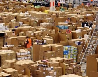 Kolosalne magazyny sklepu Amazon