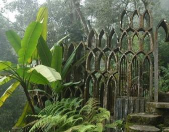 Surrealistyczny ogród ukryty w meksykańskiej dżungli
