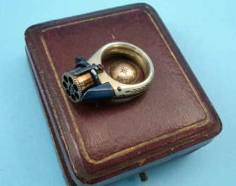 Dwa w jednym: XIX-wieczny pierścionek z funkcją rewolweru