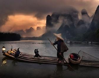 Emerytowany lekarz z Tajlandii postanowił zająć się fotografią podróżniczą. Efekty są olśniewające