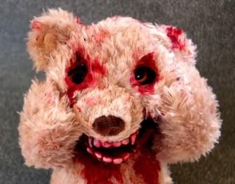 Miś pluszowy dla małego psychopaty