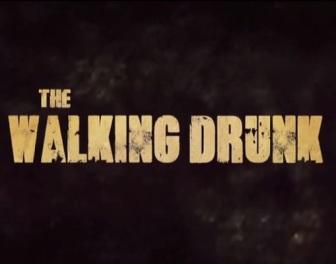 """Ta parodia czołówki serialu """"The Walking Dead"""" pokazuje, że narąbani ludzie niewiele się różnią od zombie"""